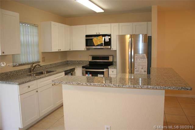 8740 SW 21st St, Miramar, FL 33025 (MLS #A10723726) :: Berkshire Hathaway HomeServices EWM Realty