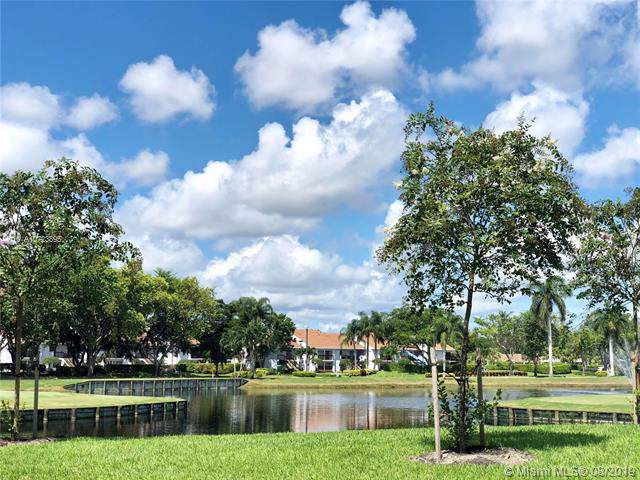 5087 Oak Hill Ln #323, Delray Beach, FL 33484 (MLS #A10723895) :: Ray De Leon with One Sotheby's International Realty