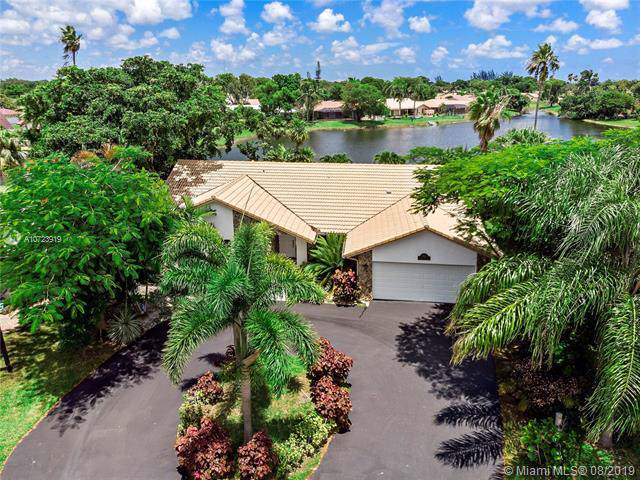 1831 NW 110th Ter, Coral Springs, FL 33071 (MLS #A10723919) :: United Realty Group