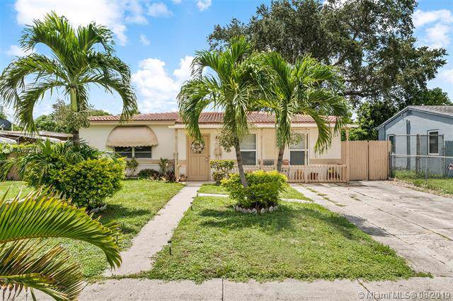 1345 SW 22nd Ave, Fort Lauderdale, FL 33312 (MLS #A10724191) :: Ray De Leon with One Sotheby's International Realty