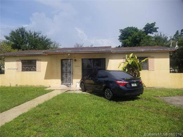 20400 NW 23rd Ave, Miami Gardens, FL 33056 (MLS #A10724196) :: Lucido Global