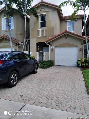 6272 SW 164th Path #0, Miami, FL 33193 (MLS #A10724246) :: The Rose Harris Group