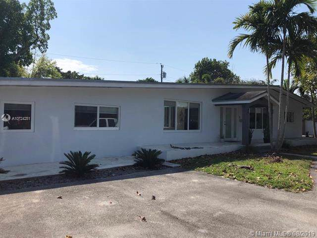 14701 SW 87th Ct, Palmetto Bay, FL 33176 (MLS #A10724251) :: Berkshire Hathaway HomeServices EWM Realty