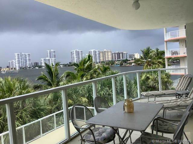 18100 SW Bay Rd #410, Sunny Isles Beach, FL 33160 (MLS #A10724458) :: The Jack Coden Group