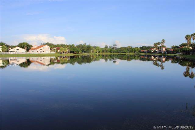 1346 Garden Rd, Weston, FL 33326 (MLS #A10724534) :: Berkshire Hathaway HomeServices EWM Realty