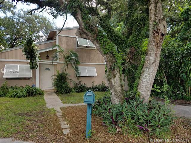 5530 SW 44th Ave, Dania Beach, FL 33314 (MLS #A10724539) :: Castelli Real Estate Services