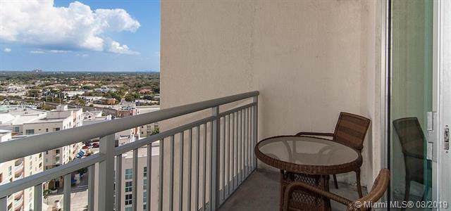 9055 SW 73 CT #1601, Miami, FL 33156 (MLS #A10724587) :: The Jack Coden Group