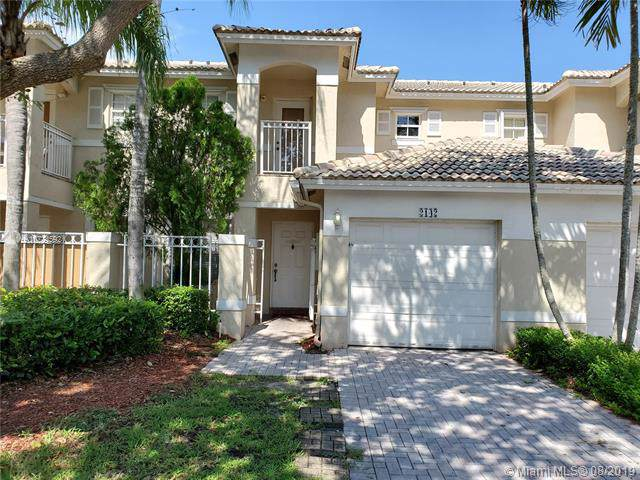 2142 NW 171st Ter #2142, Pembroke Pines, FL 33028 (MLS #A10724592) :: The Howland Group