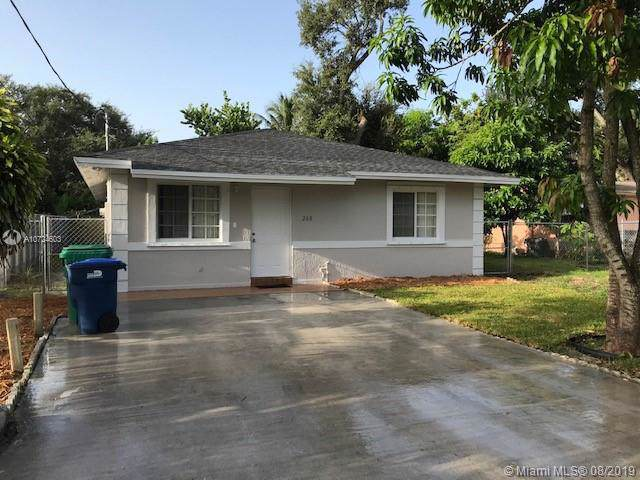 268 NE 164th Ter, Miami, FL 33162 (MLS #A10724603) :: Berkshire Hathaway HomeServices EWM Realty