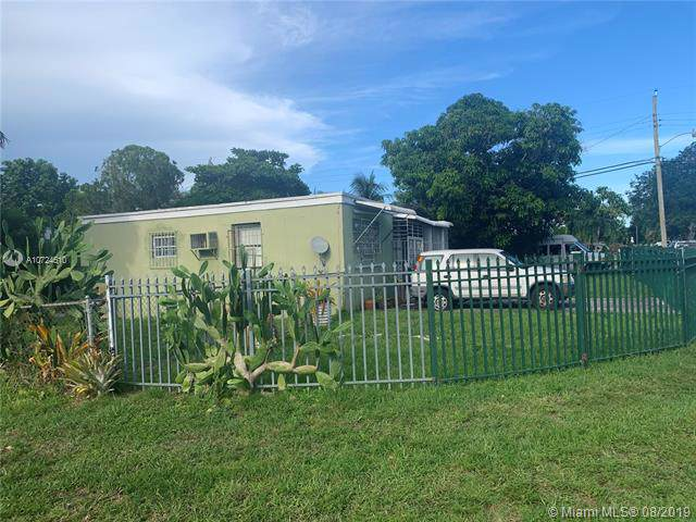 1095 NW 148th St, Miami, FL 33168 (MLS #A10724610) :: Lucido Global
