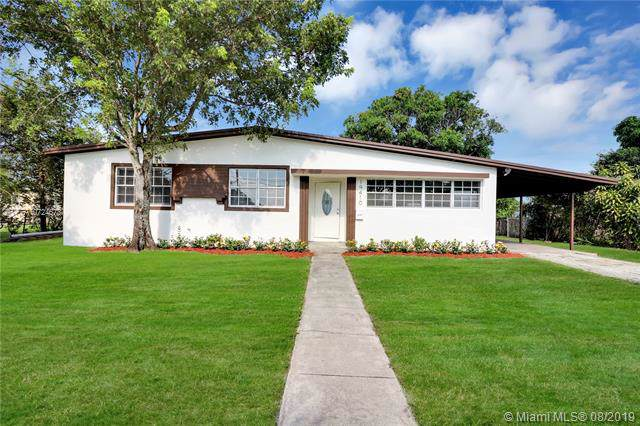 19410 NW 37th Ave, Miami Gardens, FL 33056 (MLS #A10724673) :: Lucido Global