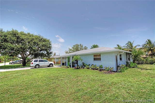 121 E Windsor Road, Jupiter, FL 33469 (MLS #A10724686) :: Ray De Leon with One Sotheby's International Realty