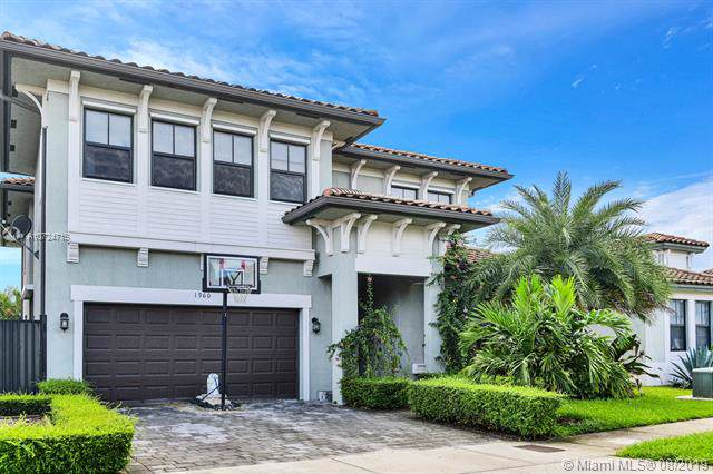 1960 SW 154th Ave, Miami, FL 33185 (MLS #A10724715) :: The Jack Coden Group
