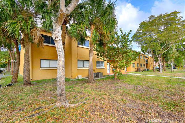 7409 SW 152nd Ave 5-206, Miami, FL 33193 (MLS #A10724761) :: Ray De Leon with One Sotheby's International Realty