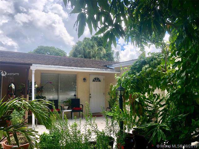 9528 SW 2nd Rd, Boca Raton, FL 33428 (MLS #A10724770) :: Ray De Leon with One Sotheby's International Realty