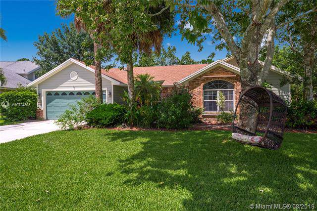 3571 SW Thistlewood Ln, Palm City, FL 34990 (MLS #A10724803) :: Castelli Real Estate Services