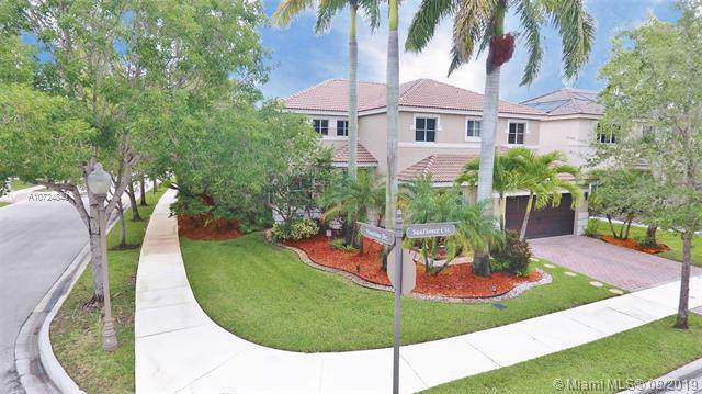 719 Sunflower Cir, Weston, FL 33327 (MLS #A10724840) :: The Teri Arbogast Team at Keller Williams Partners SW