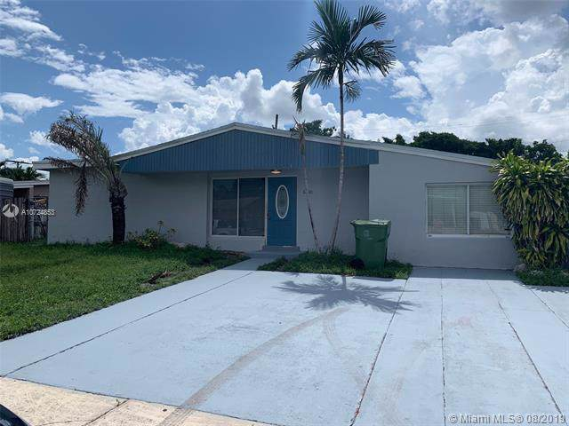 6750 W 11 CT, Hialeah, FL 33012 (MLS #A10724853) :: GK Realty Group LLC