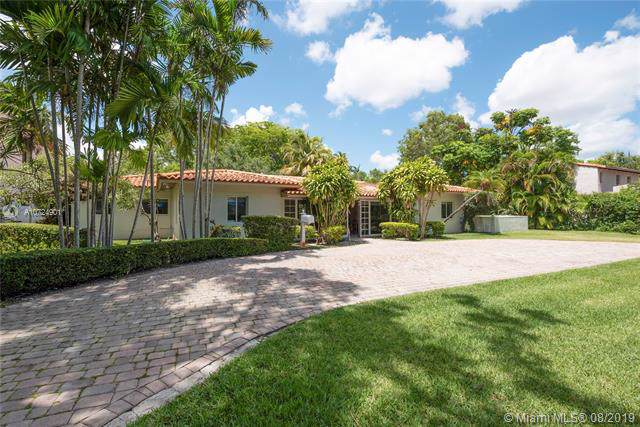 3211 Riviera Dr, Coral Gables, FL 33134 (MLS #A10724901) :: The Rose Harris Group