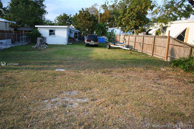 00 Avenue C, Other City - Keys/Islands/Caribbean, FL 33037 (MLS #A10724928) :: GK Realty Group LLC