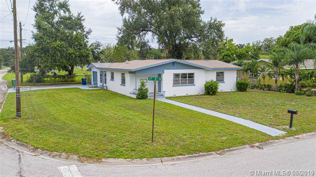 690 Ave D Ne, Other City - In The State Of Florida, FL 33881 (MLS #A10725078) :: The Howland Group