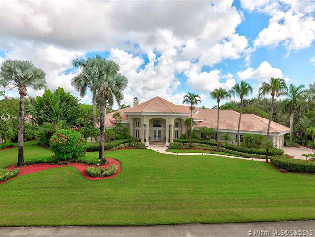 3325 Bridle Path Ln, Weston, FL 33331 (MLS #A10725138) :: Berkshire Hathaway HomeServices EWM Realty