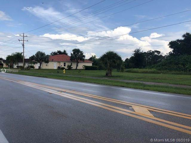 741 Milwakee Blvd, Other City - In The State Of Florida, FL 33974 (MLS #A10725203) :: Grove Properties