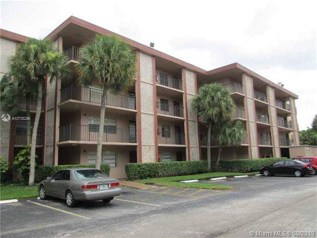 3070 NW 48th Ter #213, Lauderdale Lakes, FL 33313 (MLS #A10725296) :: The Jack Coden Group