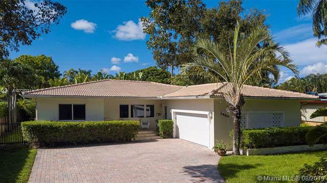 1200 NE 92nd St, Miami Shores, FL 33138 (MLS #A10725331) :: The Edge Group at Keller Williams