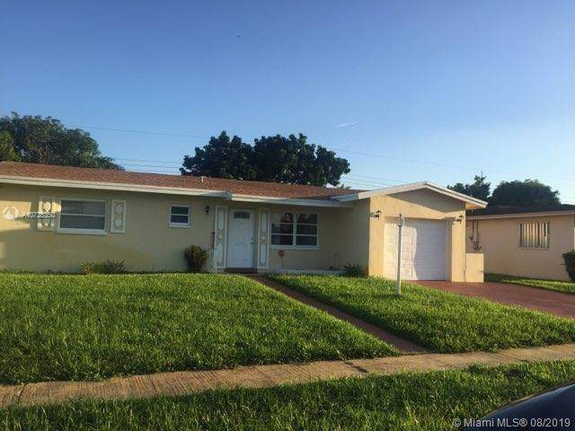 3354 NW 22nd Ct, Lauderdale Lakes, FL 33311 (MLS #A10725350) :: The Jack Coden Group