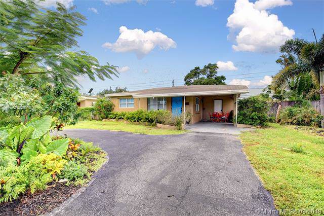 1505 NW 7th Ter, Fort Lauderdale, FL 33311 (MLS #A10725516) :: Ray De Leon with One Sotheby's International Realty