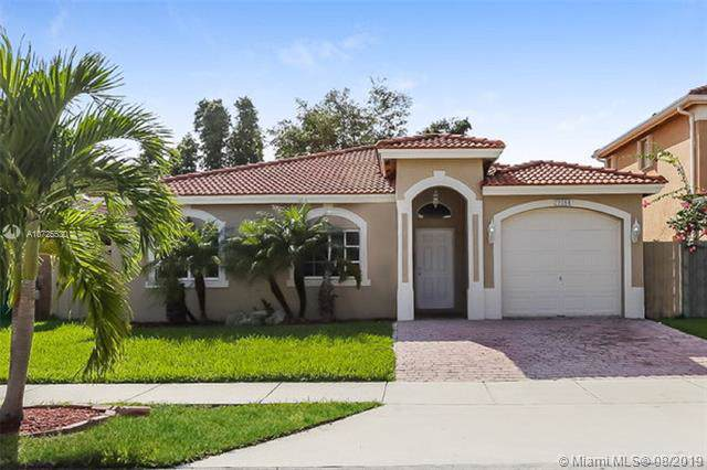 21084 SW 92nd Pl, Cutler Bay, FL 33189 (MLS #A10725530) :: The Howland Group