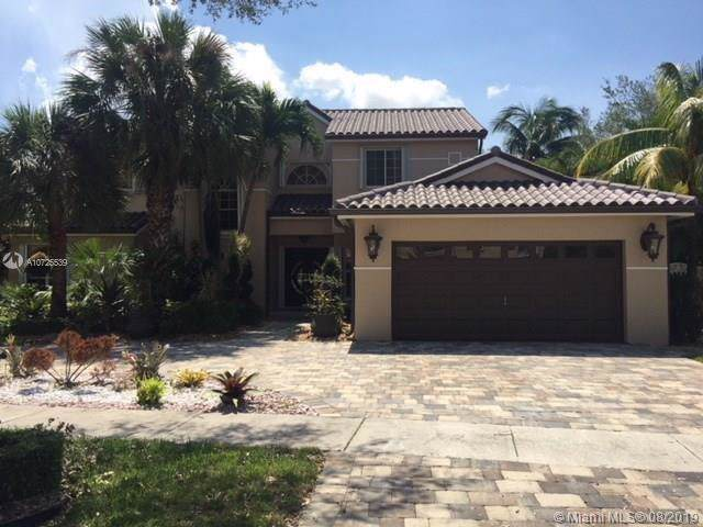 9060 NW 190th St, Hialeah, FL 33018 (MLS #A10725539) :: RE/MAX Presidential Real Estate Group