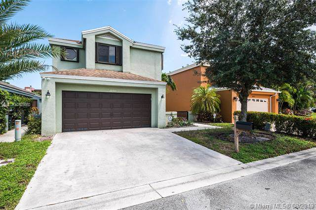 2150 NW 33rd Ter, Coconut Creek, FL 33066 (MLS #A10725560) :: The Riley Smith Group