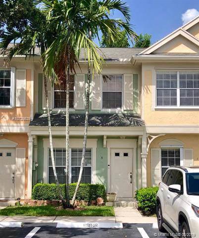 3 Fleming Ct #0, Weston, FL 33326 (MLS #A10725639) :: Berkshire Hathaway HomeServices EWM Realty