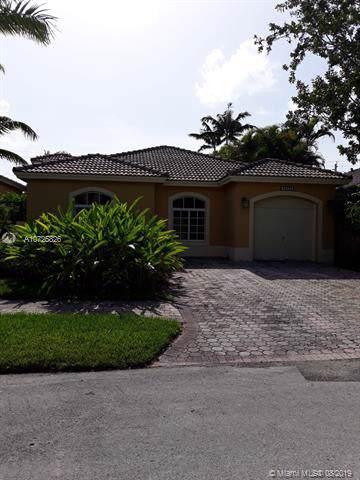 16030 SW 91st Ct, Palmetto Bay, FL 33157 (MLS #A10725826) :: The Adrian Foley Group