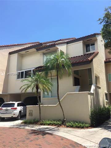 2000 S Bayshore Dr #11, Miami, FL 33133 (MLS #A10725915) :: The Edge Group at Keller Williams
