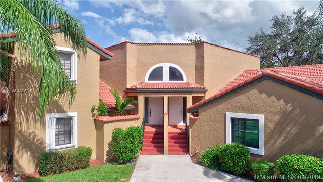 9247 W Sunrise Blvd, Plantation, FL 33322 (MLS #A10726118) :: The Teri Arbogast Team at Keller Williams Partners SW