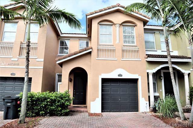 1394 SE 26th Ave, Homestead, FL 33035 (MLS #A10726158) :: Berkshire Hathaway HomeServices EWM Realty