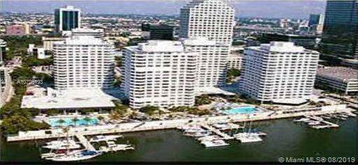 825 Brickell Bay Dr #344, Miami, FL 33131 (MLS #A10726193) :: United Realty Group