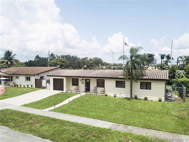 8491 NW 185th Ter, Hialeah, FL 33015 (MLS #A10726250) :: The Teri Arbogast Team at Keller Williams Partners SW
