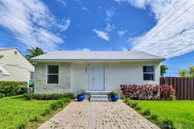 6501 SW 38th St, Miami, FL 33155 (MLS #A10726295) :: Berkshire Hathaway HomeServices EWM Realty