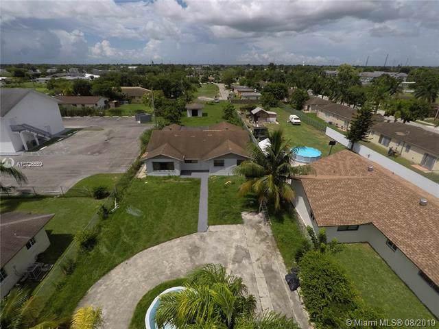 970 NW 12th St, Florida City, FL 33034 (MLS #A10726559) :: The Paiz Group
