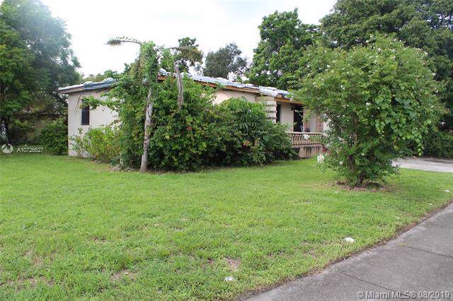 1000 NW 147th St, Miami, FL 33168 (MLS #A10726627) :: Carole Smith Real Estate Team