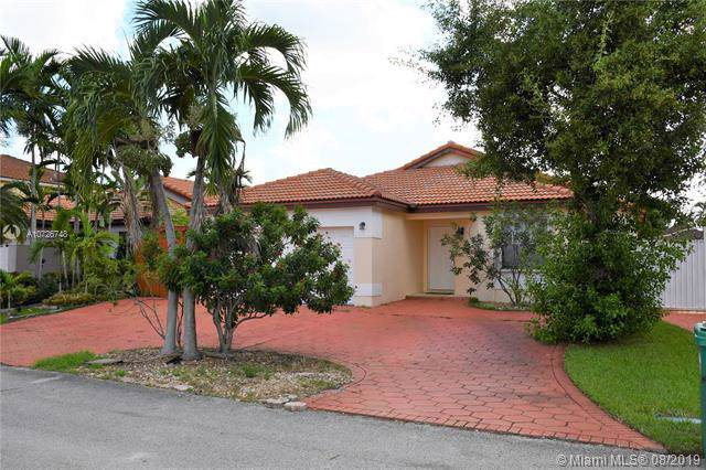 19836 NW 86th Ct, Hialeah, FL 33015 (MLS #A10726748) :: The Jack Coden Group