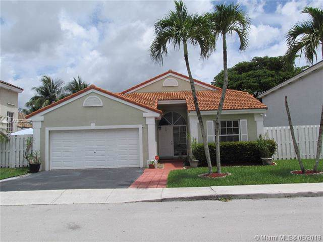 14101 Oak Ridge Dr #14101, Davie, FL 33325 (MLS #A10726967) :: The TopBrickellRealtor.com Group