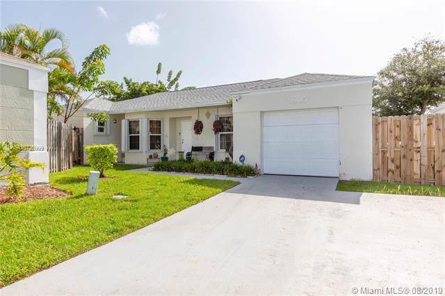 9805 SW 221st St, Cutler Bay, FL 33190 (MLS #A10726999) :: Berkshire Hathaway HomeServices EWM Realty