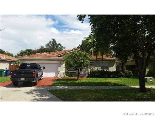 11253 SW 246th St, Homestead, FL 33032 (MLS #A10727209) :: Berkshire Hathaway HomeServices EWM Realty