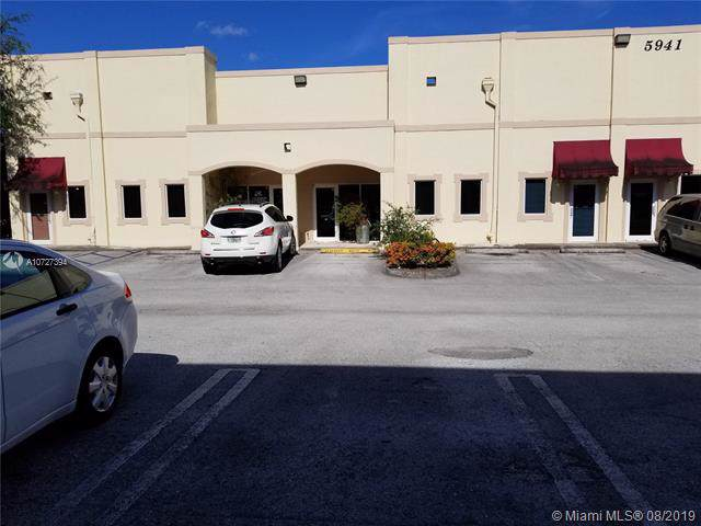 5941 NW 173rd Dr B-2, Hialeah, FL 33015 (MLS #A10727394) :: The Paiz Group