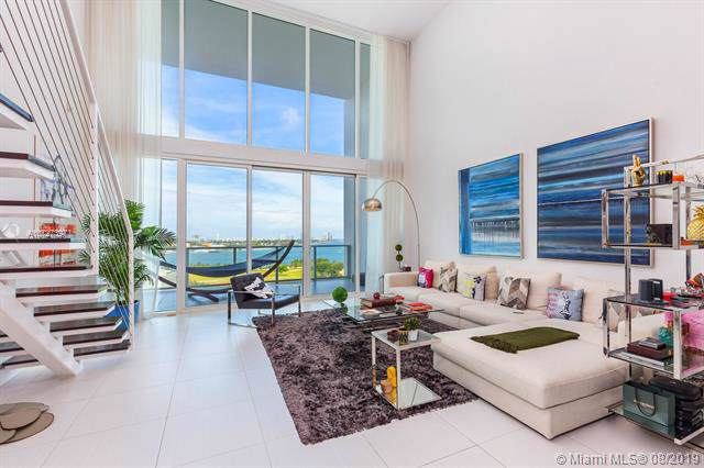 1040 Biscayne Blvd #1103, Miami, FL 33132 (MLS #A10727397) :: The Adrian Foley Group